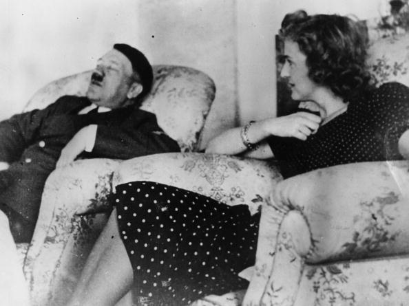 Politician「Adolf And Eva」:写真・画像(13)[壁紙.com]