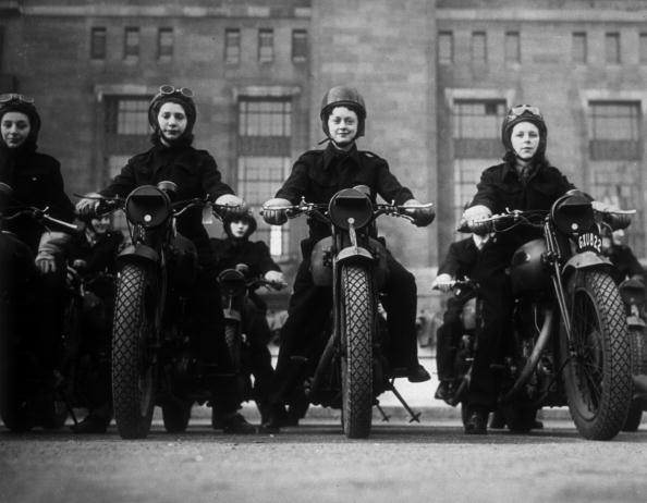 Motorcycle「Dispatch Riders」:写真・画像(8)[壁紙.com]