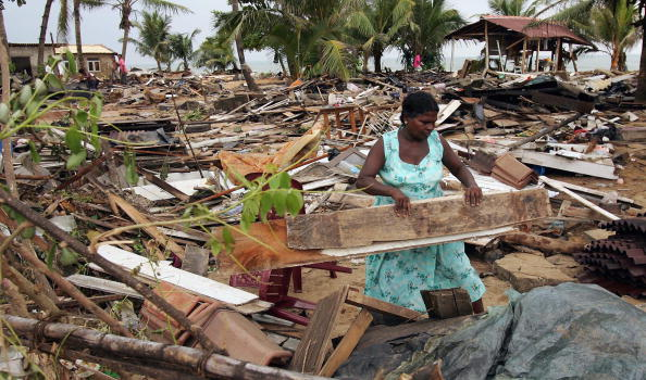 2004 Indian Ocean Earthquake and Tsunami「The Clear Up Operation Continues In The Devasted Area Of Sri Lanka」:写真・画像(8)[壁紙.com]