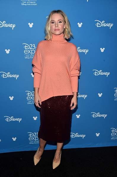Sweater「Disney Studios Showcase Presentation At D23 Expo, Saturday August 24」:写真・画像(13)[壁紙.com]