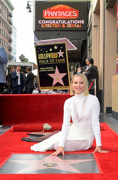 Walk Of Fame「Double Walk of Fame Ceremony for Kristen Bell and Idina Menzel」:写真・画像(17)[壁紙.com]