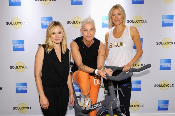 世界的な名所「Kristen Bell And American Express Celebrate #EveryDayMoments With SoulCycle Ride Led By Senior Master Instructor Stacey Griffith In Iconic Grand Central, NYC」:写真・画像(7)[壁紙.com]