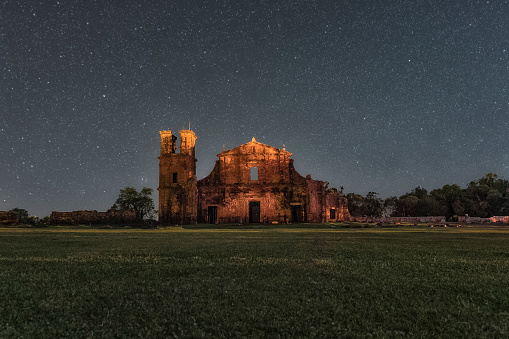 UNESCO「Night photo of the ruins of São Miguel das Missões, Rio Grande do Sul, Brazil」:スマホ壁紙(4)