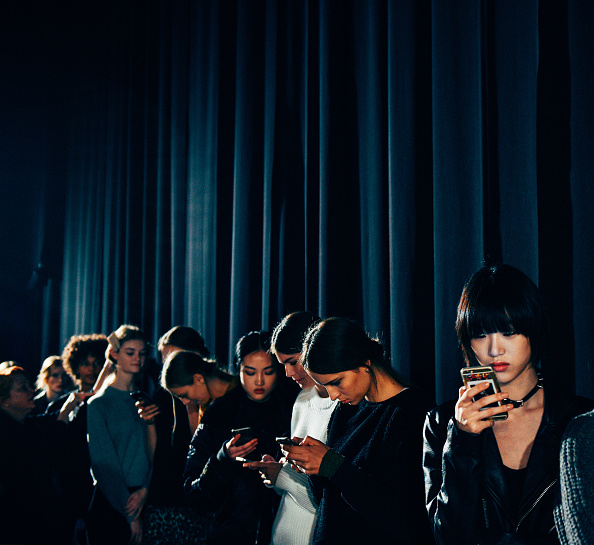 Atmosphere「Tommy Hilfiger Women's - Alternative Views - Fall 2016 New York Fashion Week: The Shows」:写真・画像(12)[壁紙.com]