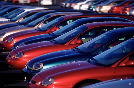 Car Dealership「Row of cars」:スマホ壁紙(4)