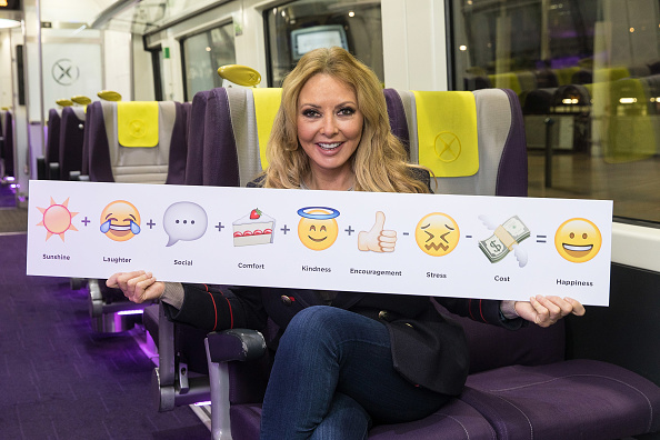 Brightly Lit「Heathrow Express Happiness With Carol Vorderman」:写真・画像(19)[壁紙.com]