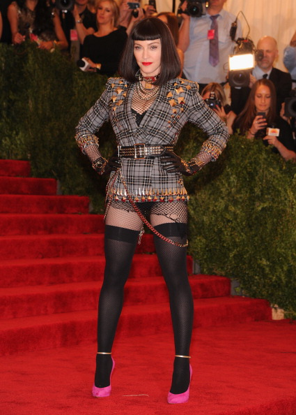 """Stockings「""""PUNK: Chaos To Couture"""" Costume Institute Gala」:写真・画像(15)[壁紙.com]"""
