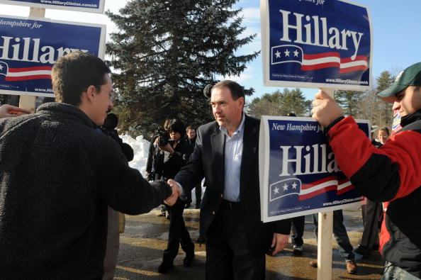 Methodist「Huckabee Meets With Voters On Day Of NH Primary」:写真・画像(7)[壁紙.com]