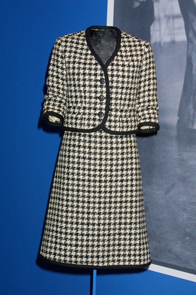 Tweed「Jackie O Dress Exhibition」:写真・画像(3)[壁紙.com]