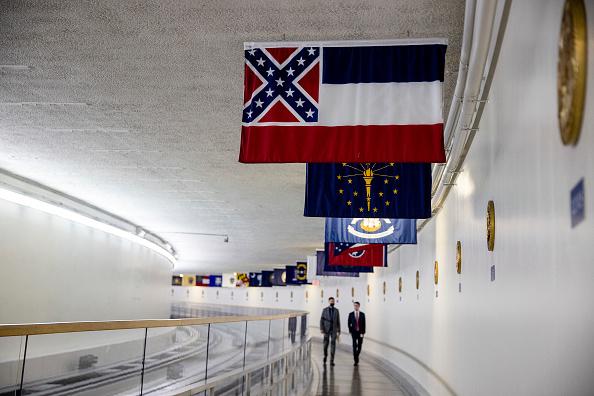 US State Flag「Mississippi Legislature Votes To Remove Confederate Emblem From State Flag」:写真・画像(0)[壁紙.com]
