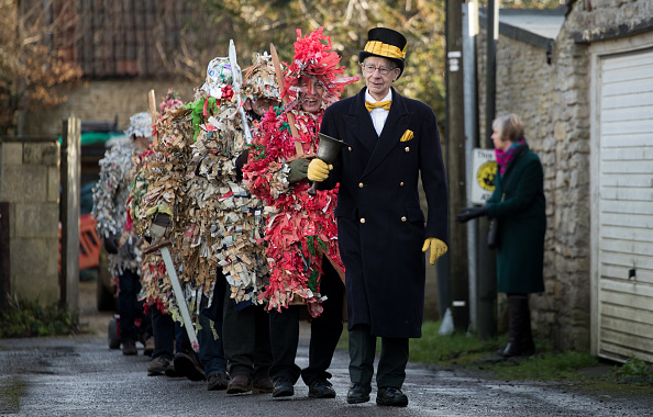 Tradition「The Traditional Marshfield Mummers Is Performed On Boxing Day」:写真・画像(18)[壁紙.com]