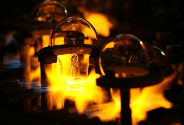 Electric Light「Traditional Incandescent Light Bulbs Still Widely Used In China」:写真・画像(3)[壁紙.com]