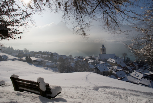 Salzkammergut「Austria, Salzkammergutal, View of st. wolfgang city」:スマホ壁紙(2)