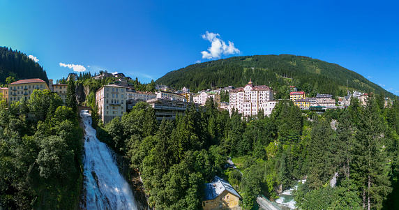 Health Spa「Austria, Salzburg State, Gasteinertal, Bad Gastein, View Gastein Waterfall」:スマホ壁紙(6)