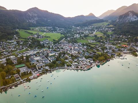 Salzkammergut「Austria, Salzburg State, Sankt Gilgen at Wolfgangsee」:スマホ壁紙(0)
