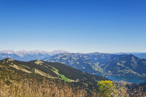 北チロル「Austria, Salzburg State, mountain panorama from Schmittenhoehe towards Zell am See」:スマホ壁紙(17)