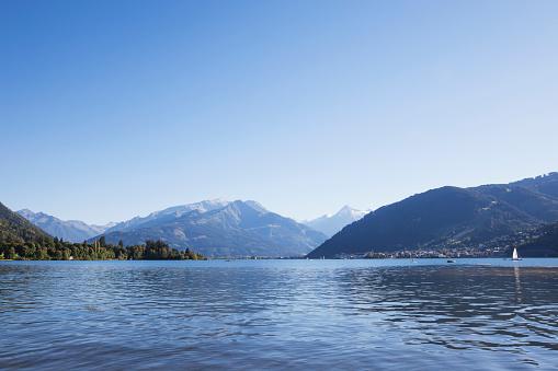 北チロル「Austria, Salzburg State, Zell am See, Zell lake and mountain panorama」:スマホ壁紙(18)