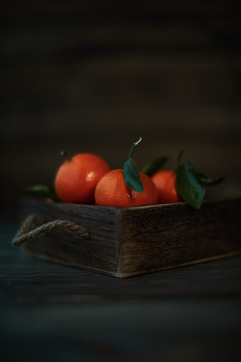 Orange - Fruit「Wooden crate filled with fresh ripe tangerines」:スマホ壁紙(18)
