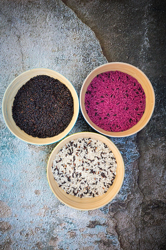Basmati Rice「Various organic basmati rice in bowls」:スマホ壁紙(6)