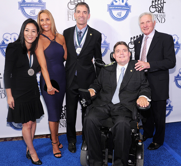 Great Sports Legends Dinner「30th Annual Great Sports Legends Dinner To Benefit The Buoniconti Fund To Cure Paralysis - Arrivals」:写真・画像(11)[壁紙.com]
