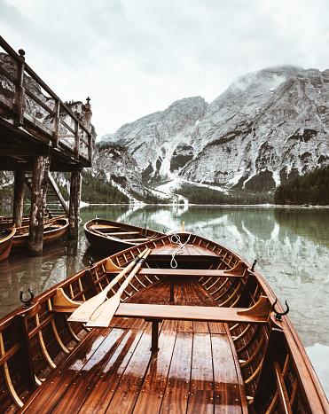 cloud「braies 湖 - イタリアのボートで」:スマホ壁紙(12)