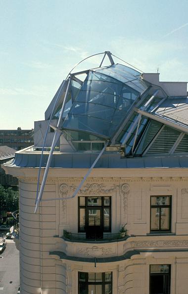 Penthouse「Vienna, Dachausbau Falkestrasse, Coop Himmelb(l)au 1983-1988」:写真・画像(3)[壁紙.com]
