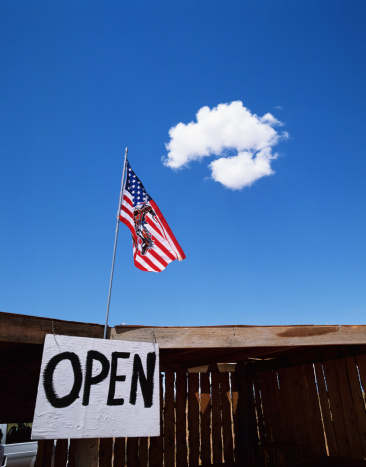 Gift Shop「USA, Utah/Arizona border, souvenir shop near Monument valley」:スマホ壁紙(3)