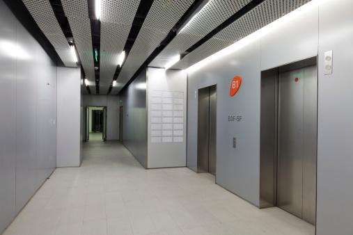 Elevator「ロビーにエレベーターで、オフィスビル」:スマホ壁紙(7)
