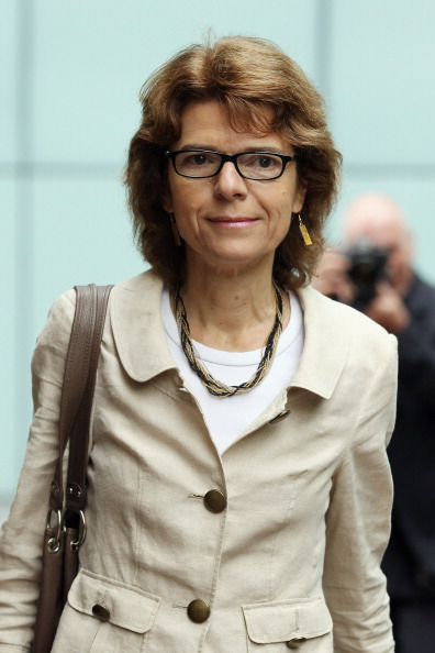 Dan Kitwood「Chris Huhne And Vicky Pryce Appear In Court Charged With Perverting The Course Of Justice」:写真・画像(18)[壁紙.com]
