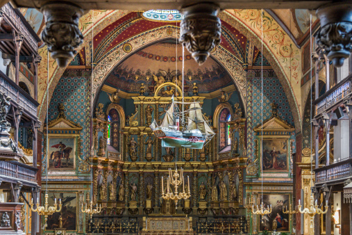 Nouvelle-Aquitaine「Saint Jean Baptiste Cathedral interior」:スマホ壁紙(12)
