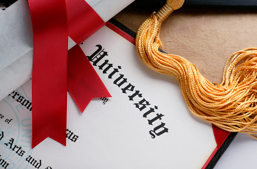 Diploma「Gold tassel and rolled diploma with red ribbon」:スマホ壁紙(12)
