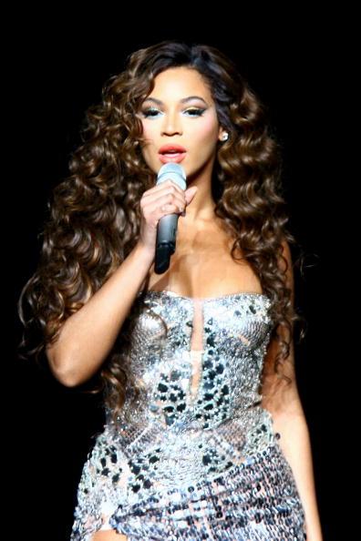 Silver - Metal「Beyonce In Concert At Madison Square Garden」:写真・画像(10)[壁紙.com]