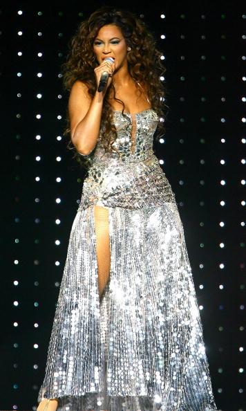 Silver - Metal「Beyonce In Concert At Madison Square Garden」:写真・画像(11)[壁紙.com]