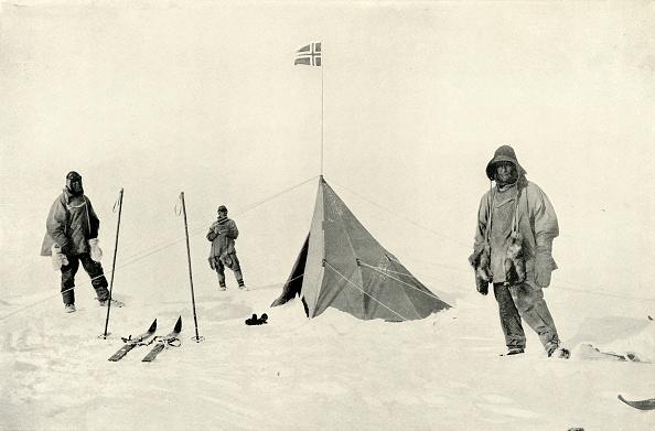 Ski Pole「Amundsens Tent At The South Pole J」:写真・画像(5)[壁紙.com]