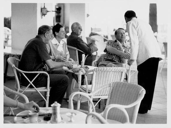 作家「Graham Greene And George Simonet」:写真・画像(19)[壁紙.com]