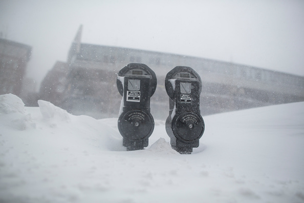 Snow「Another Snowstorm Hits Winter-Weary Boston Area」:写真・画像(8)[壁紙.com]