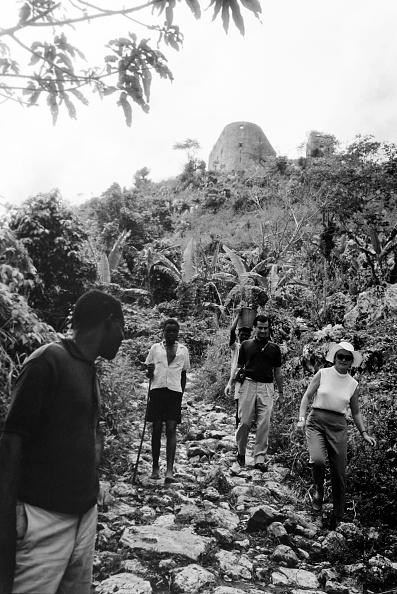 Surface Level「Cap Haitien」:写真・画像(7)[壁紙.com]