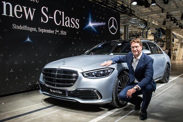 Mercedes-Benz「Mercedes-Benz AG Presents New Factory And S-Class Luxury Car」:写真・画像(17)[壁紙.com]