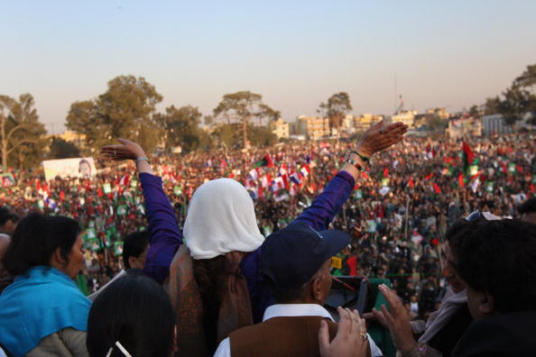 Pakistan「Many Killed In Suicide Blast At Bhutto Rally」:写真・画像(5)[壁紙.com]