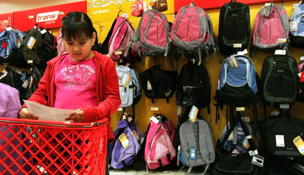 Tim Boyle「Stores Prepare For Back-To-School Season」:写真・画像(15)[壁紙.com]