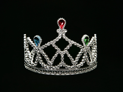 Crown - Headwear「Tiara on black background」:スマホ壁紙(1)