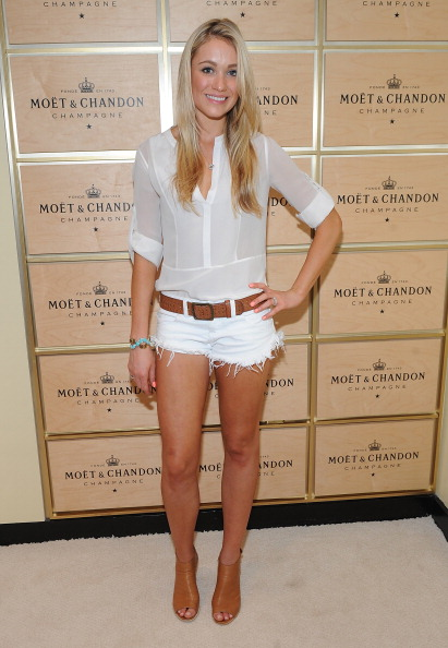 White Shorts「The Moet & Chandon Suite At The 2013 US Open - Day 4」:写真・画像(15)[壁紙.com]