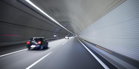 Driving「Driving in tunnel」:スマホ壁紙(8)