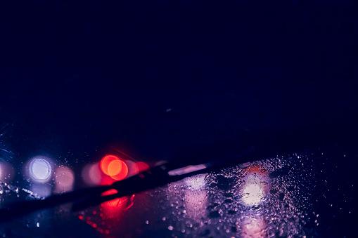 Windshield Wiper「Driving in a rain storm at night」:スマホ壁紙(9)