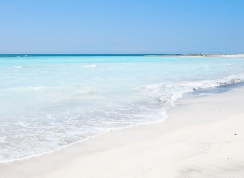 波「ブルーの海にカリブ海のビーチで夏を」:スマホ壁紙(3)