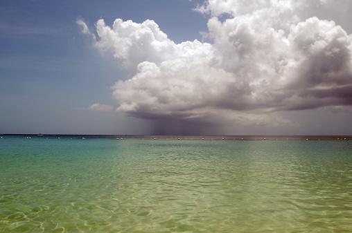 Microburst「Caribbean Sun Shower Roatan Island Honduras」:スマホ壁紙(11)