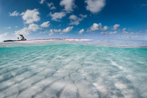 Shallow「Caribbean Sea」:スマホ壁紙(3)