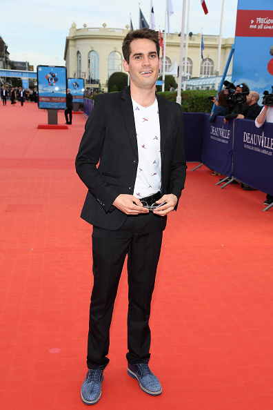 "Blue Shoe「""Jury & Award Winners"": Red Carpet - 44th Deauville American Film Festival」:写真・画像(7)[壁紙.com]"