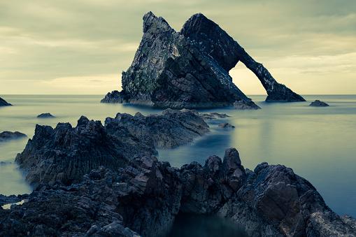 Rock Formation「UK, Scotland, Bow Fiddle Rock」:スマホ壁紙(10)
