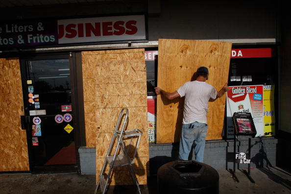 Hurricane Ike「Texas Gulf Coast Prepares For Hurricane Ike」:写真・画像(7)[壁紙.com]